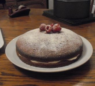 Raspberry yogurt cake