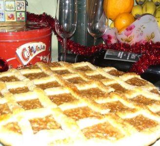 Apple & Cinnamon Christmas Pie