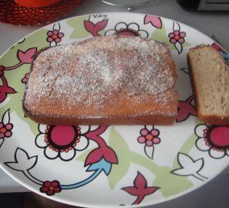 Cinnamon & Almond Loaf Cake