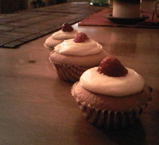 White strawberry cupcakes