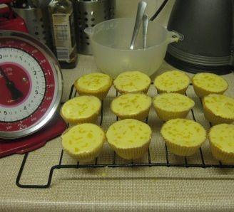Sarah's lemon cupcakes