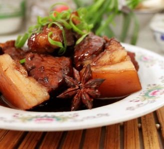 'Dongpo' Braised Pork Belly