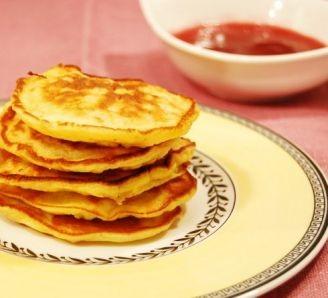 Pear Oat Pancakes