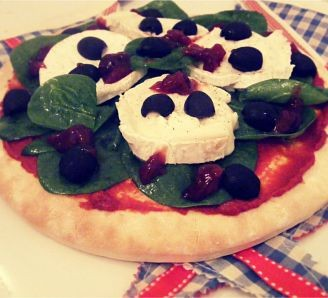 Goats Cheese & Spinach Pizza
