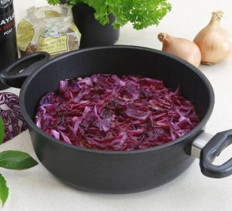 Red Cabbage with Apples & Port